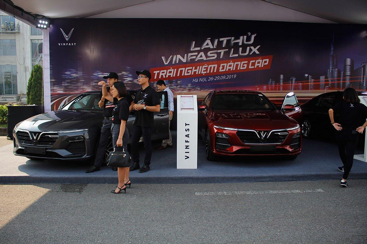 Khuyến mại khi mua xe VinFast mới nhất: Ưu đãi lên tới gần 300 triệu đồng