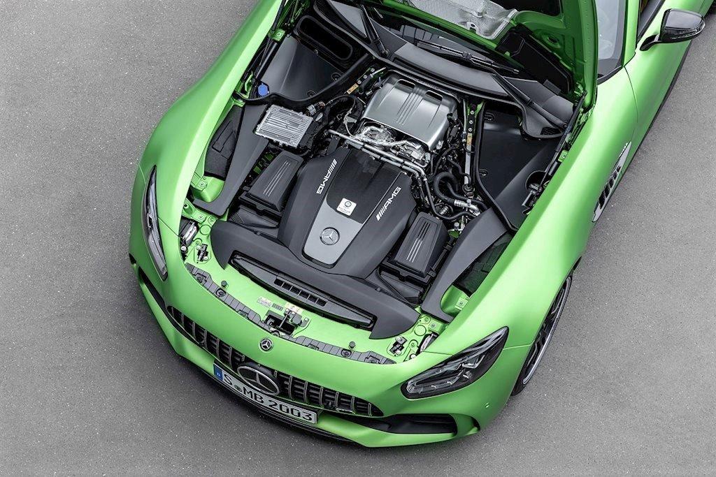 Động cơ Mercedes-AMG GT R tại Việt Nam 1