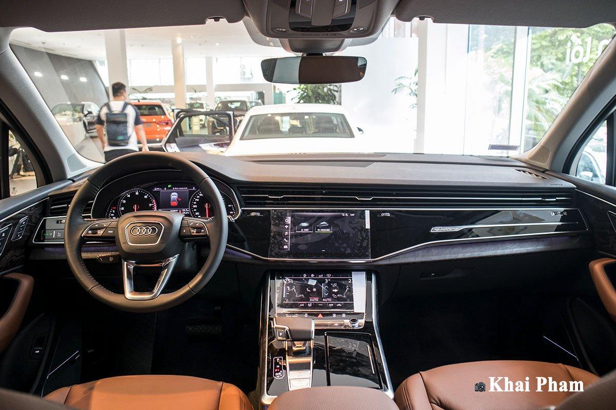 Không gian nội thất xe Audi Q7 2020 1