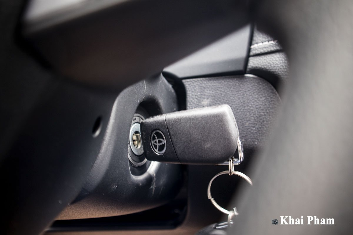 Ảnh Chìa khoá xe Toyota RAV4 2020