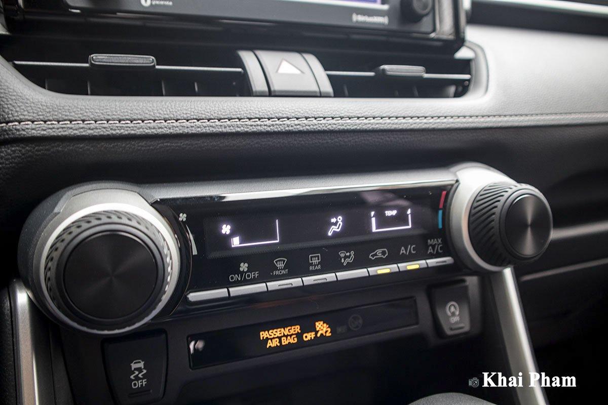 Ảnh Điều hoà xe Toyota RAV4 2020