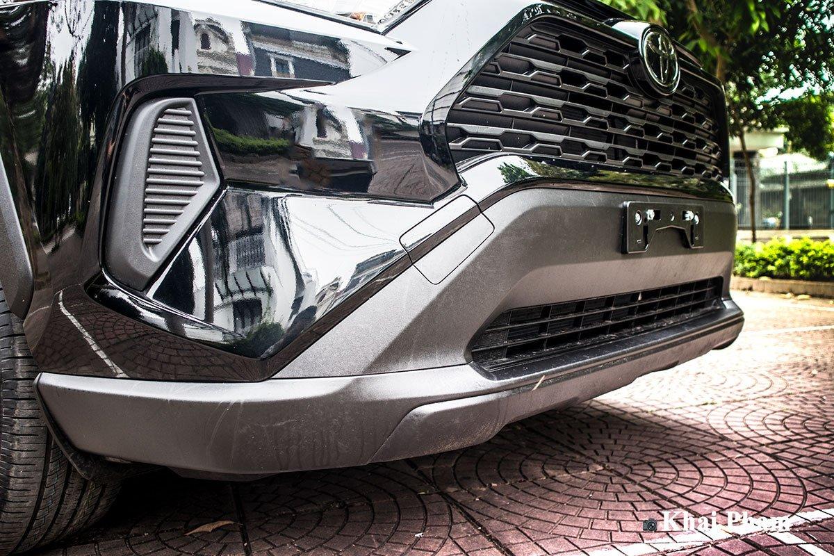 Ảnh cản trước xe Toyota RAV4 2020