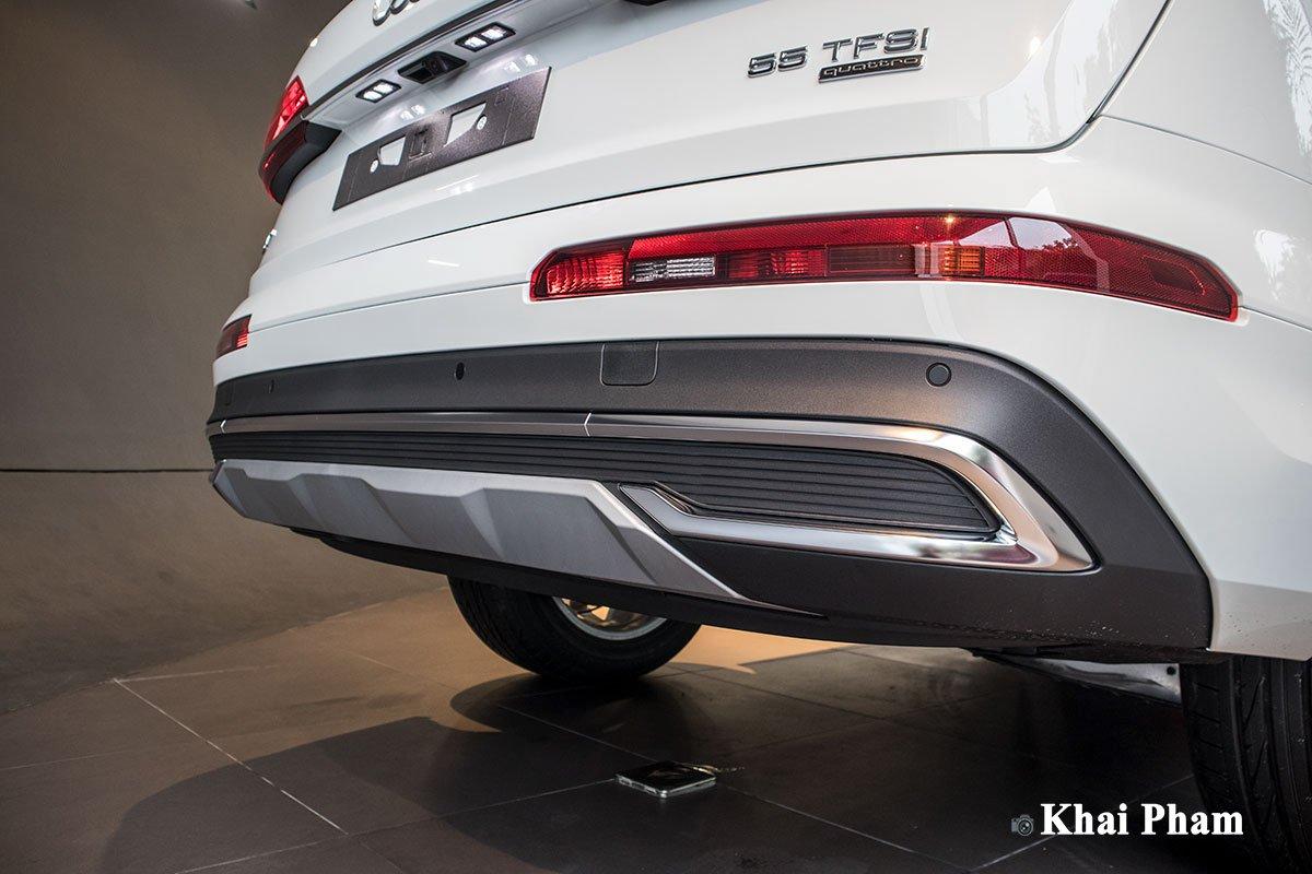 Ảnh cản sau xe Audi Q7 2020