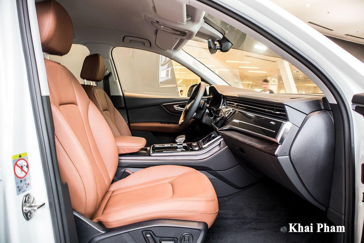 Ảnh Ghế phụ xe Audi Q7 2020