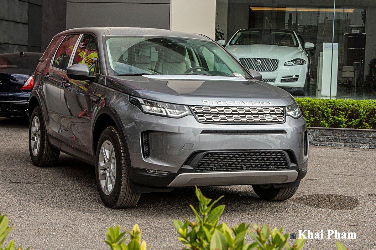 Ảnh chụp vận hành xe Land Rover Discovery Sport 2020
