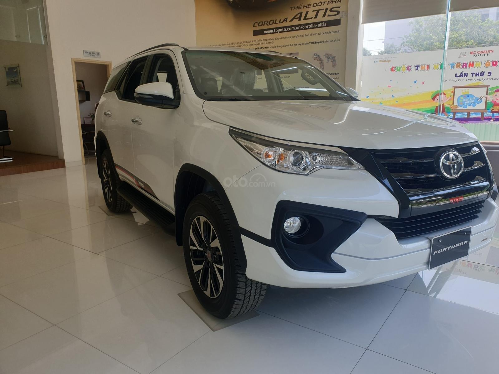 Toyota Fortuner 2020 - Ưu đãi khủng tháng 5 - Giá tốt (3)