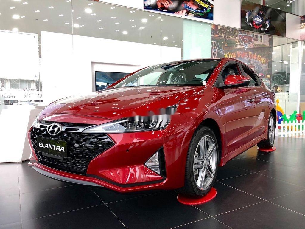 Bán Hyundai Elantra năm 2020, màu đỏ, giá tốt (1)