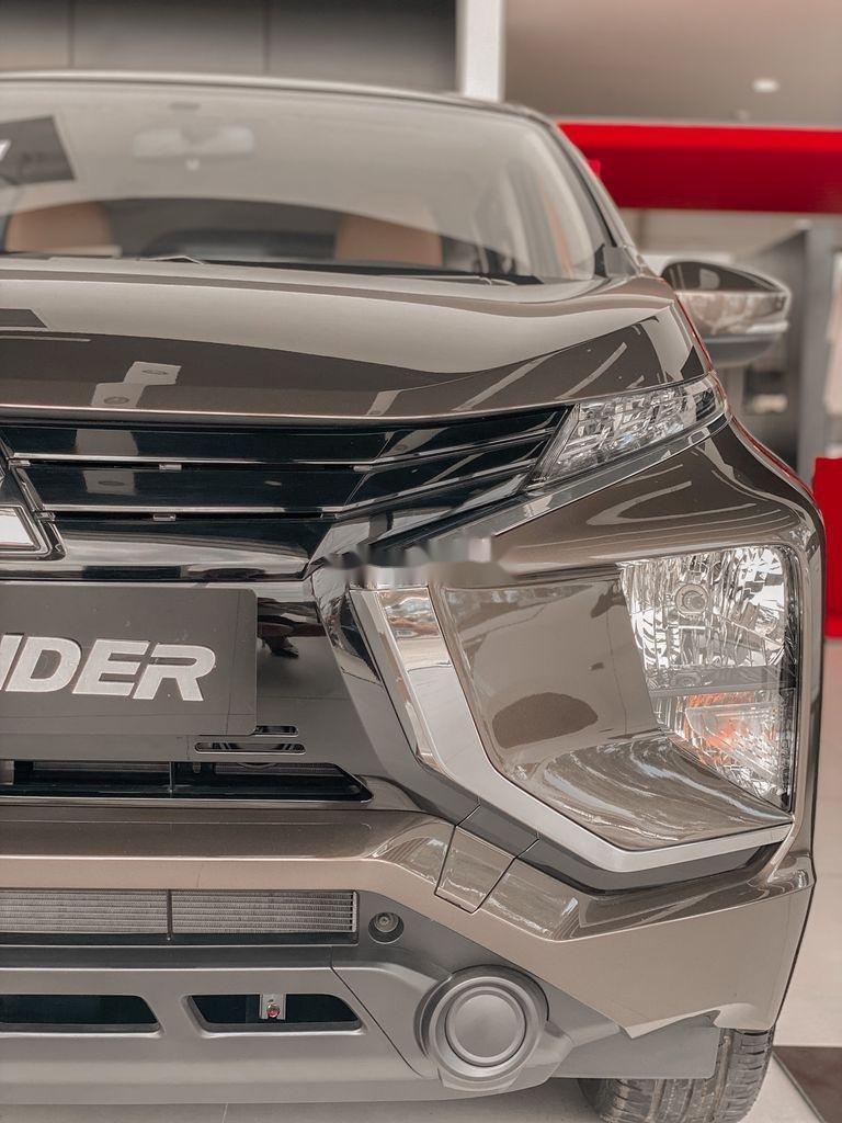 Bán xe Mitsubishi Xpander 2020, màu đen, xe nhập (3)