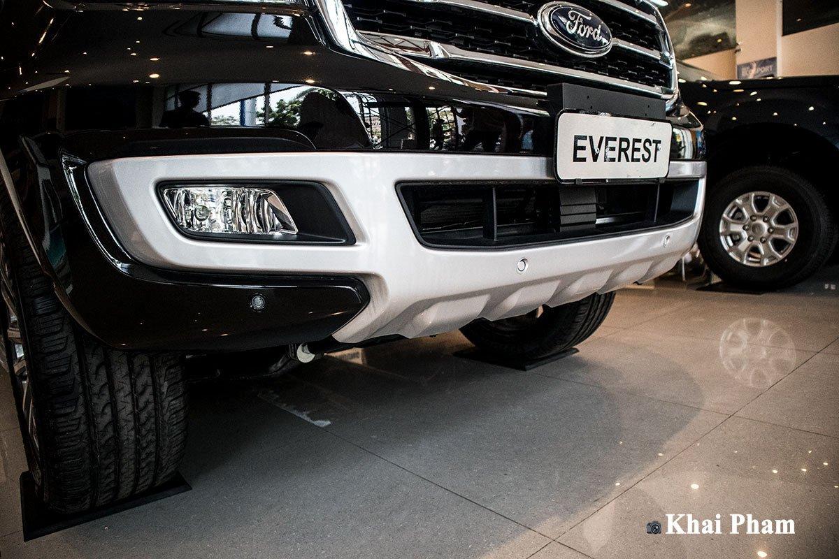 Ảnh chụp cản trước xe Ford Everest 2020 1