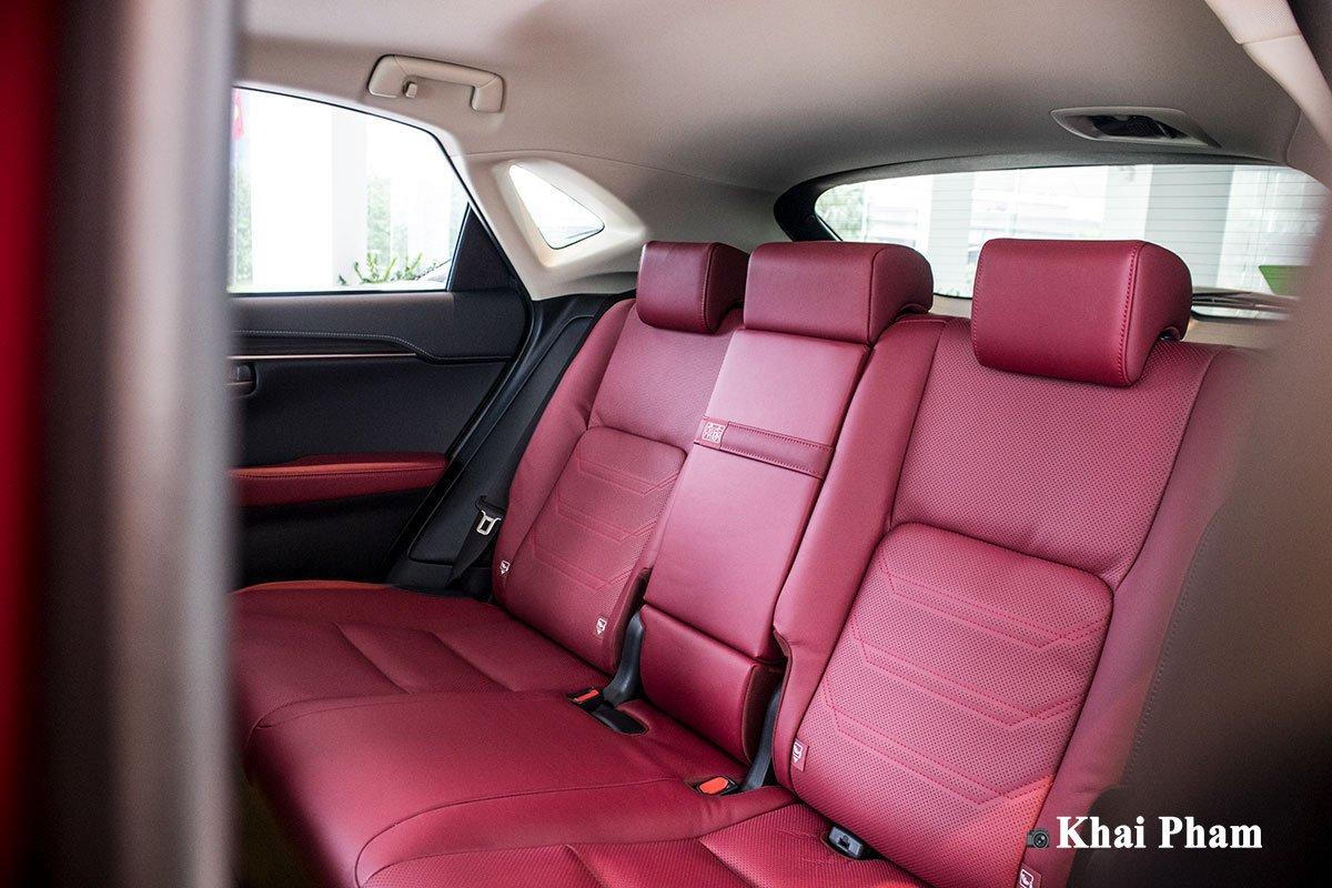 Ảnh ghế sau xe Lexus NX 300 2020