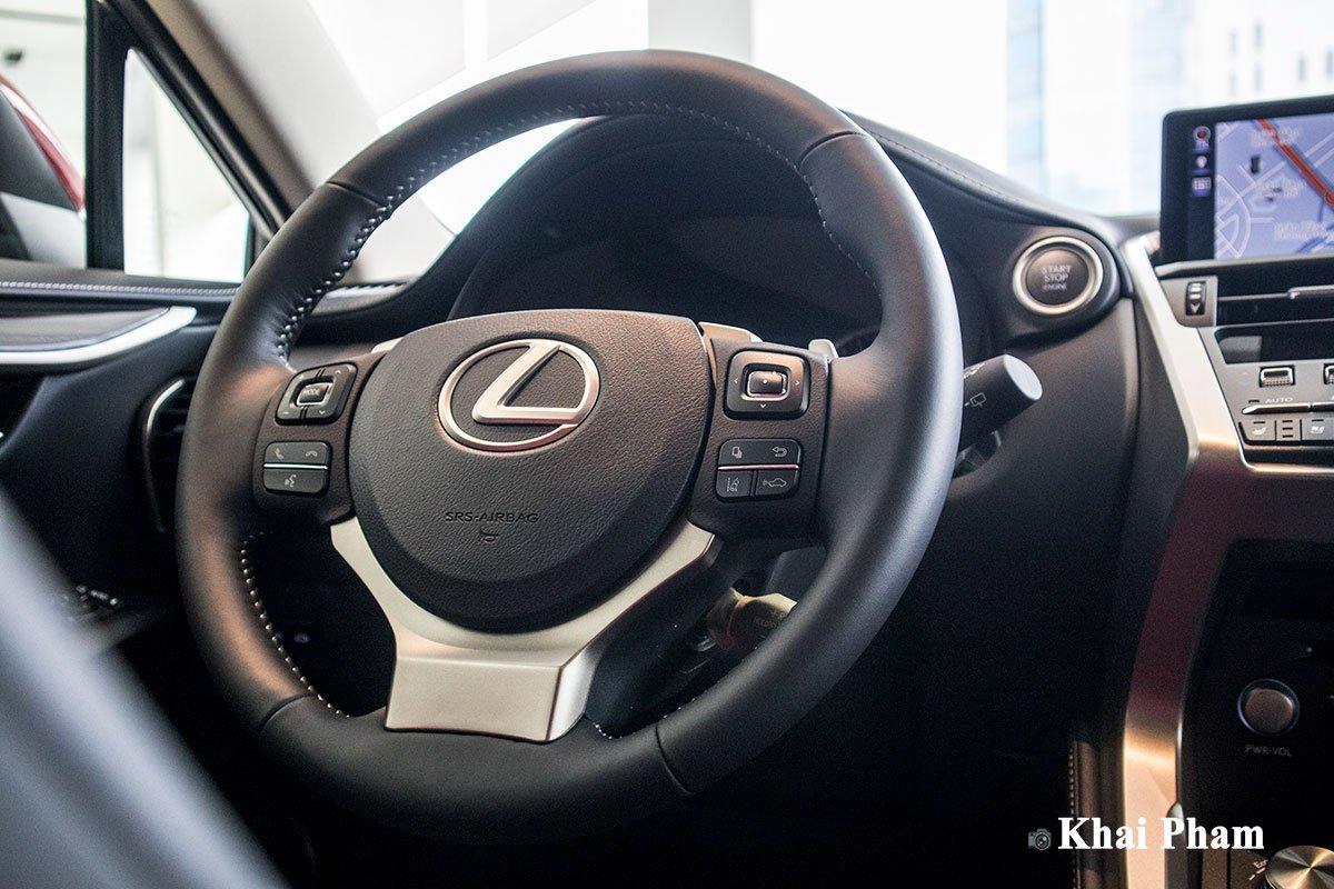 Ảnh vô-lăng xe Lexus NX 300 2020