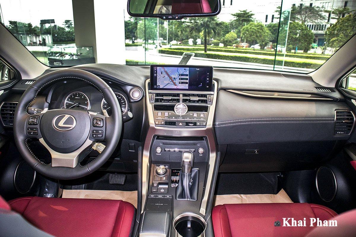 Ảnh khoang lái xe Lexus NX 300 2020