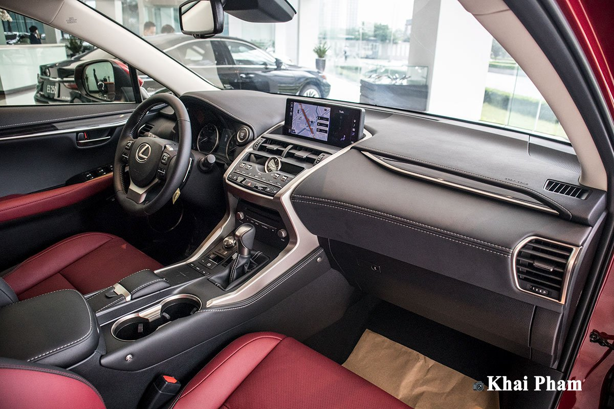Ảnh khoang lái xe Lexus NX 300 2020 1a