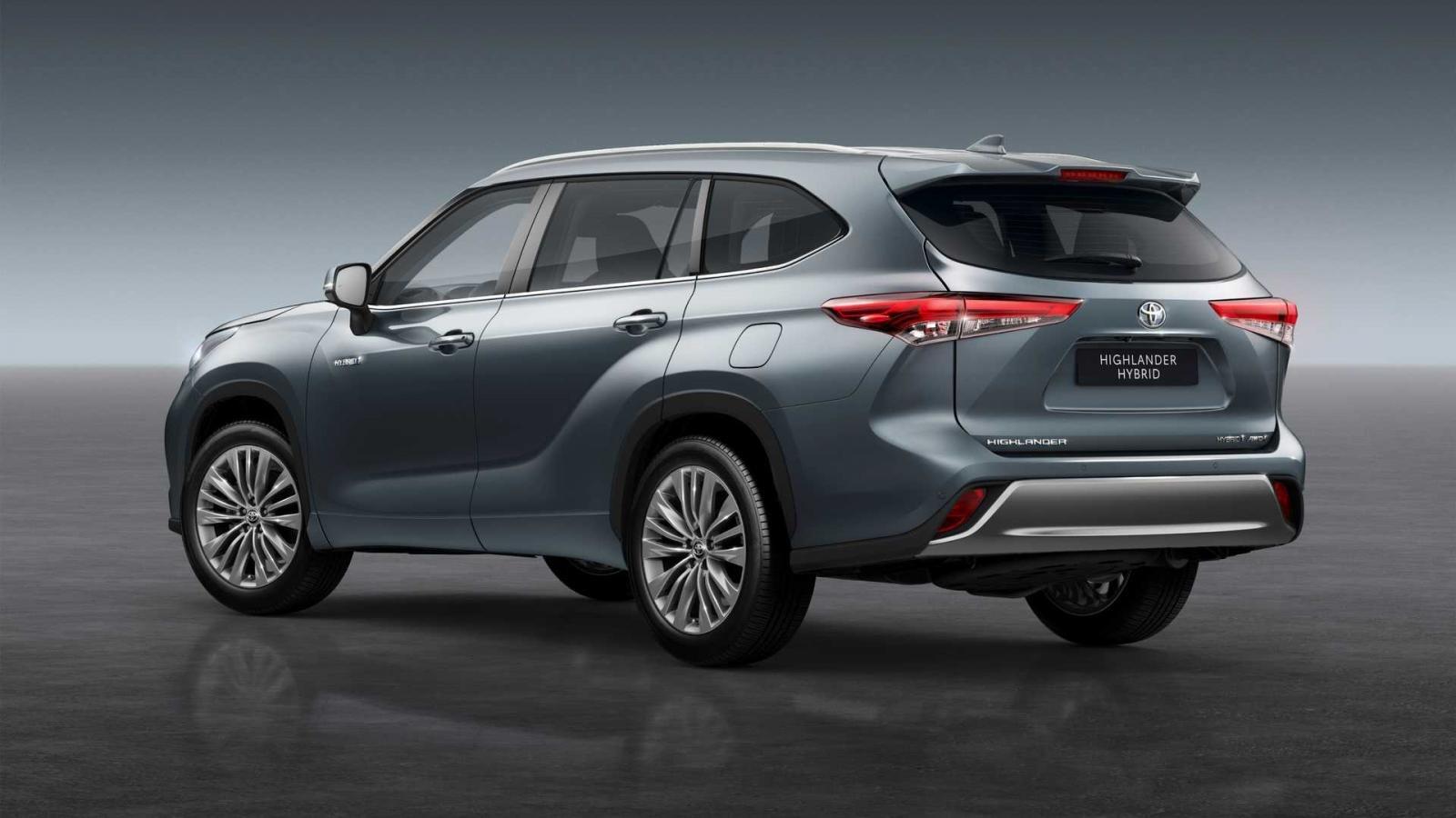 Toyota Highlander 2021 hybrid sẵn sàng vào tay người dùng châu Âu.