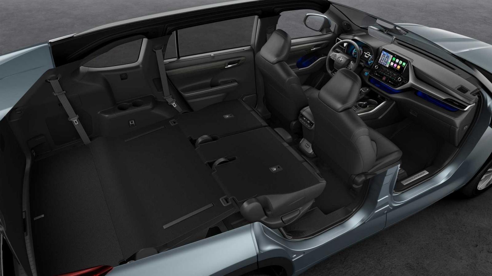 Toyota Highlander 2021 không gian rộng rãi.