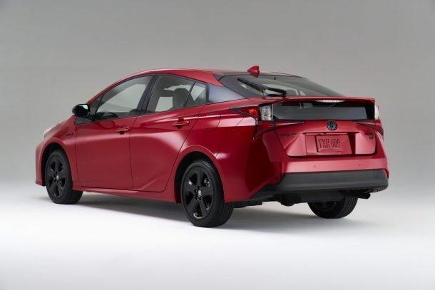 Toyota Prius bản đặc biệt kỷ niệm sự kiện đáng ăn mừng.