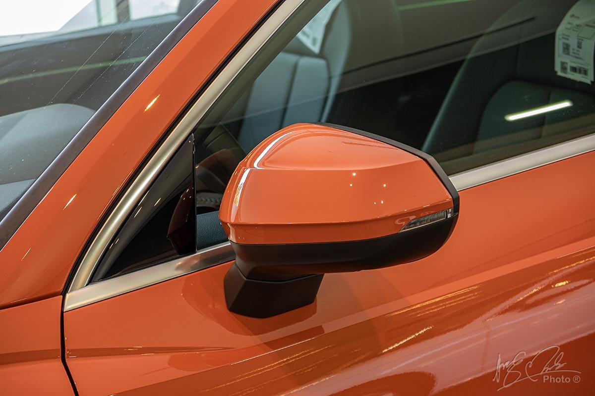 Đánh giá xe Audi Q3 2020: Gương chiếu hậu tách rời khỏi trụ A.