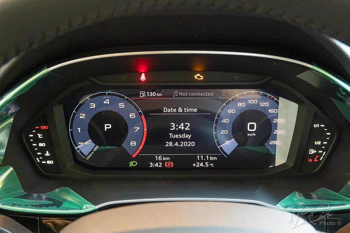 Đánh giá xe Audi Q3 2020: Phiên bản Advanced sẽ chỉ có bảng đồng hồ hiển thị kỹ thuật số.