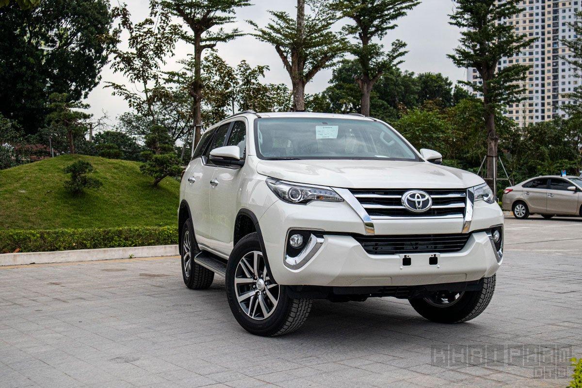 Toyota Fortuner dẫn đầu phân khúc SUV 7 chỗ tháng 4/2020 1