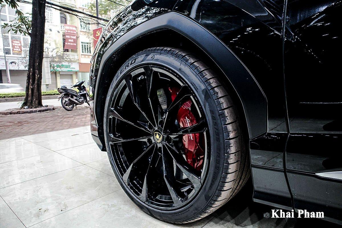 Ảnh La-zăng xe Lamborghini Urus 2020