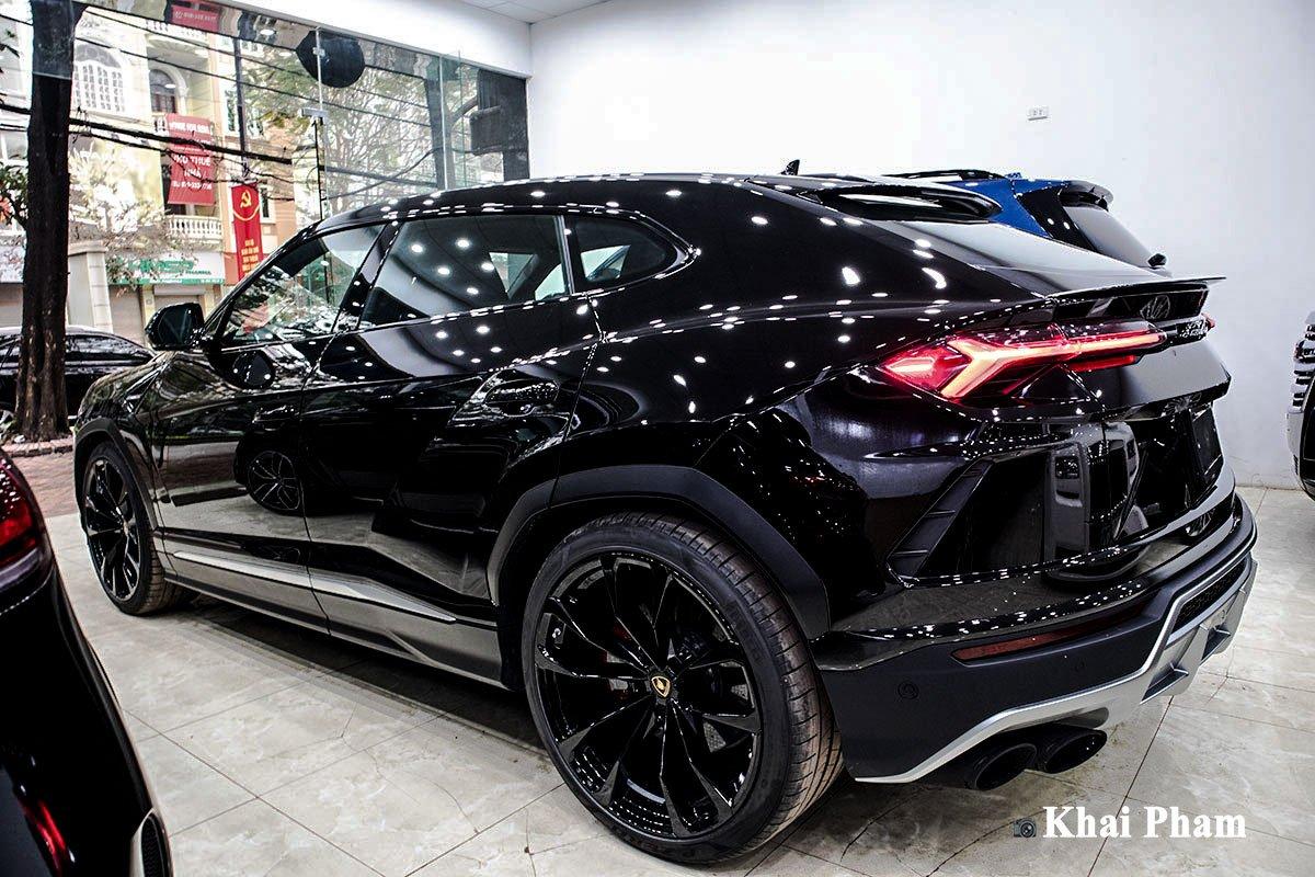 Ảnh Thân xe Lamborghini Urus 2020