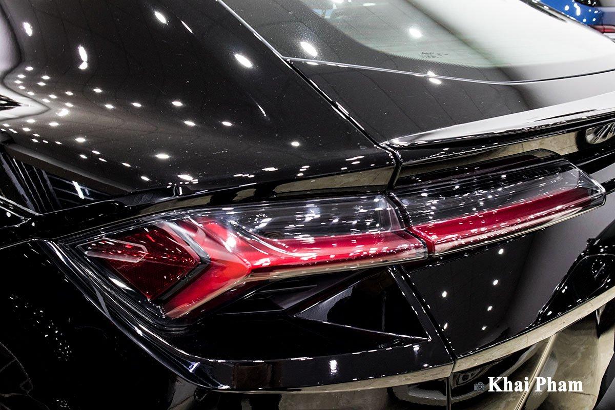 Ảnh Đèn hậu xe Lamborghini Urus 2020