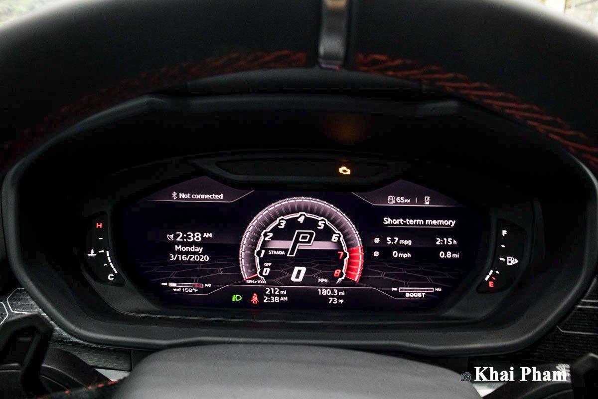 Ảnh Đồng hồ xe Lamborghini Urus 2020