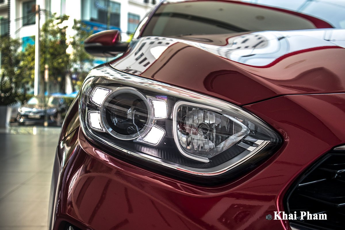 Ảnh Đèn pha xe Kia Cerato 2020