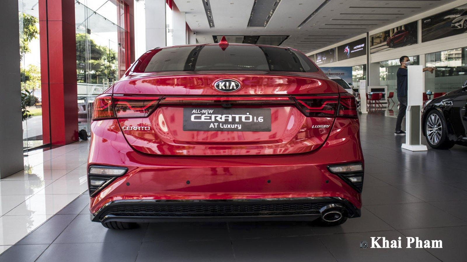 Ảnh đuôi xe Kia Cerato 2020