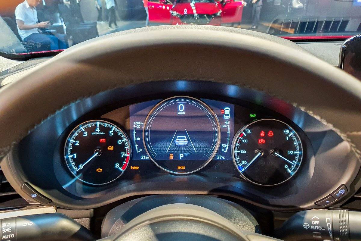 Ảnh Đồng hồ xe Mazda 2020
