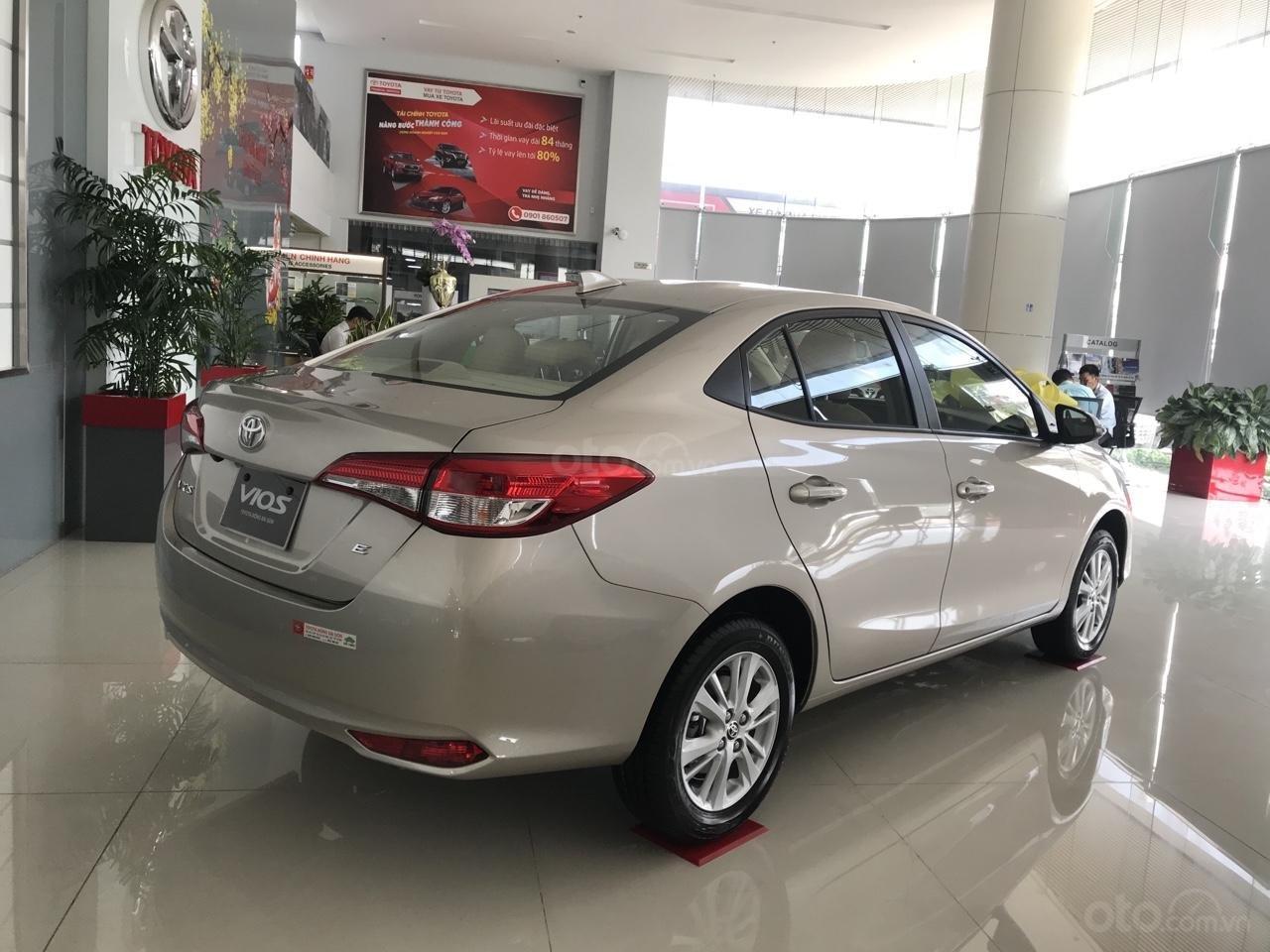 Toyota Vios 1.5E CVT- gọi ngay để nhận giá tốt (4)