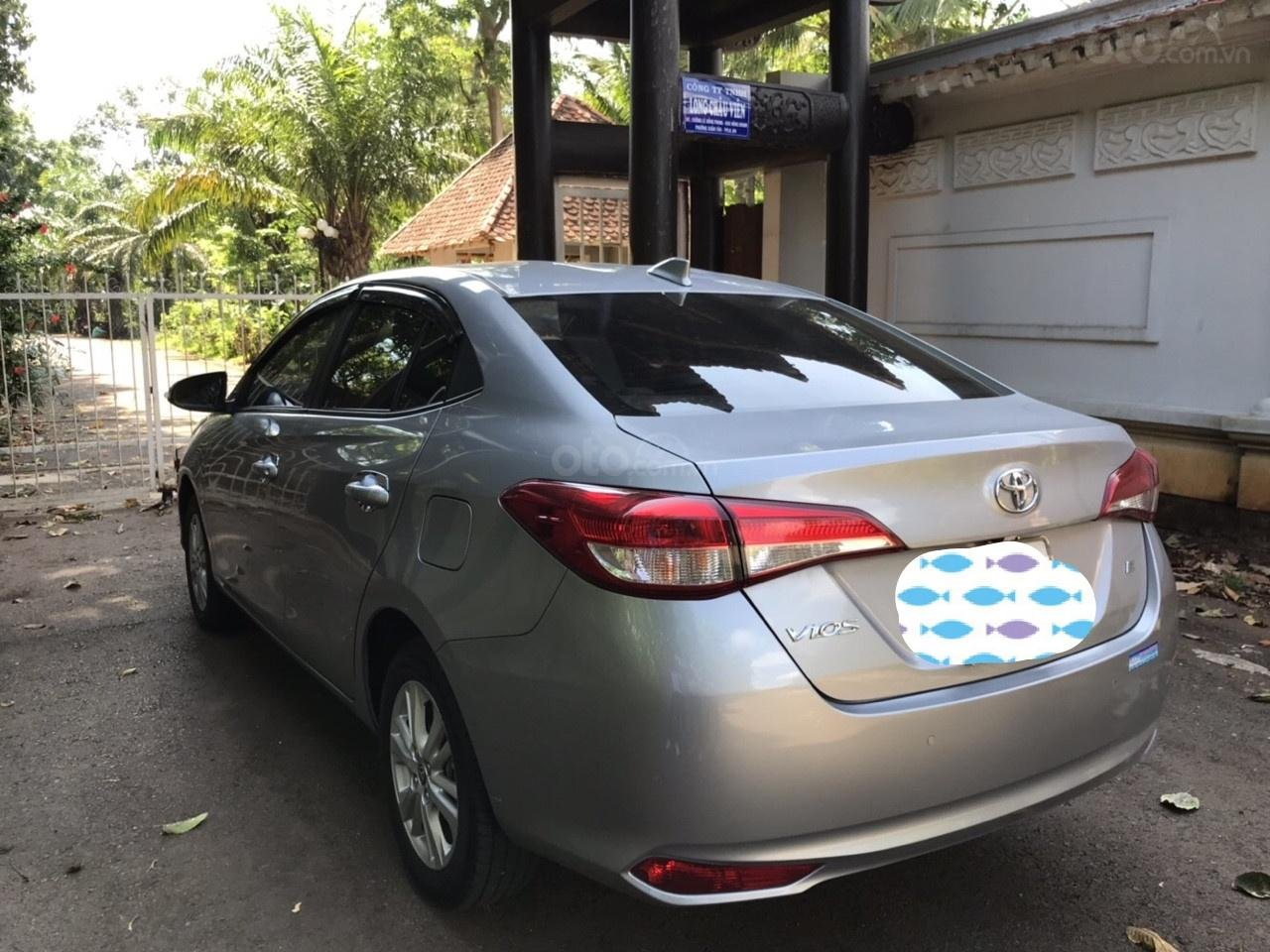 Cần bán xe Toyota Vios 2018, giá tốt (7)