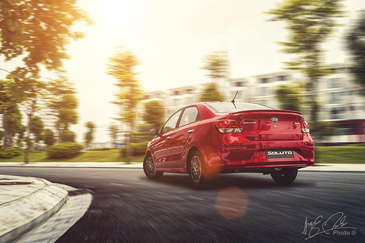 Đánh giá xe Kia Soluto AT Luxury 2020: Vận hành 1.