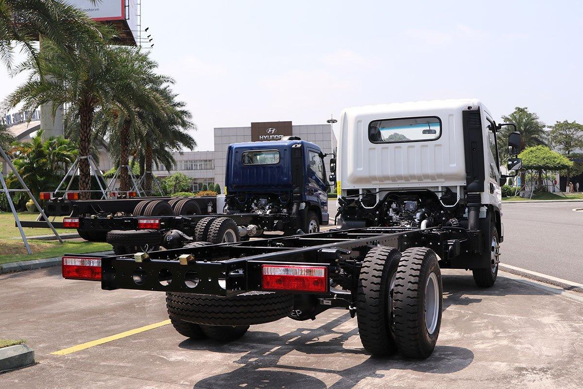 Chiều caosàn xe Mighty EX8 GT được điều chỉnh giảm xuống còn 760 mm.