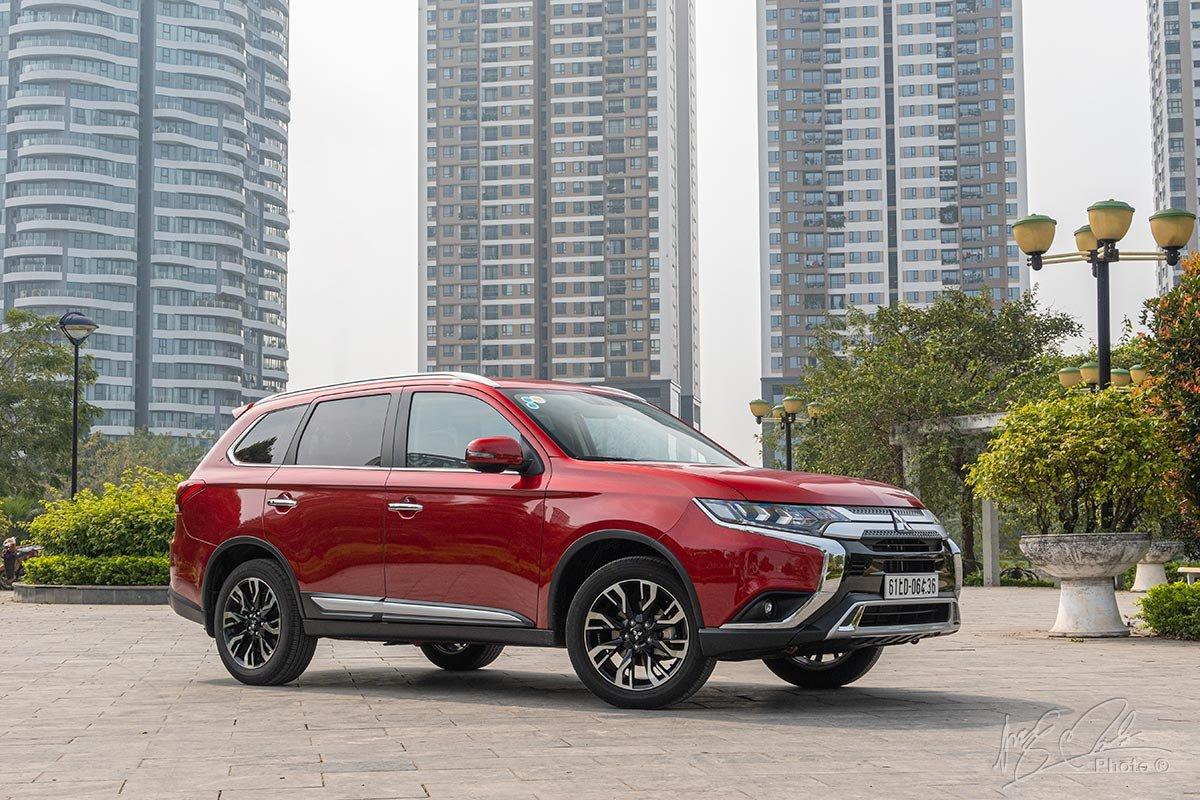 Mitsubishi Outlander mới nâng cấp tại Việt Nam 1