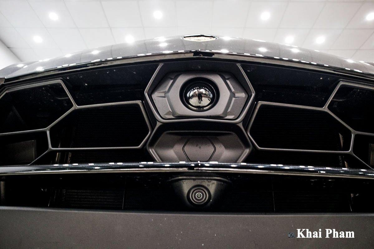 Ảnh Camera trước xe Lamborghini Urus 2020