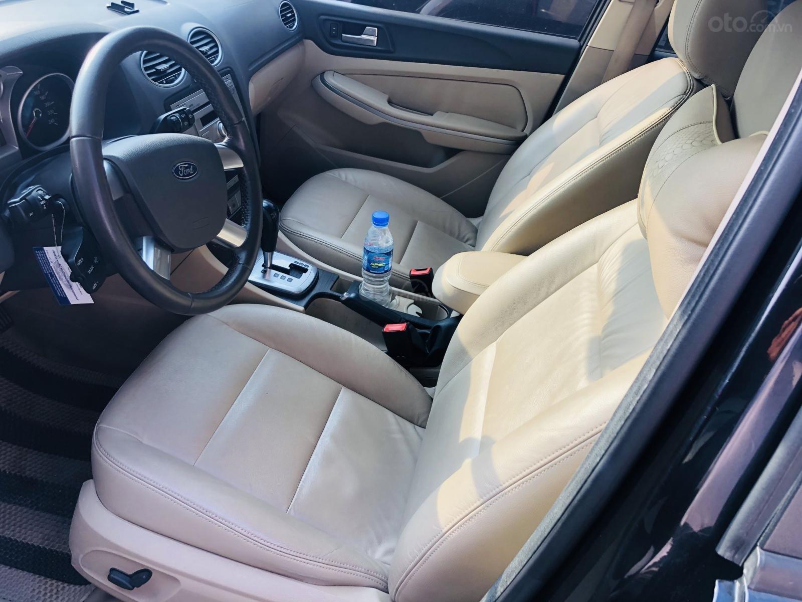 Cần bán lại xe Ford Focus sản xuất 2010 mới 95% giá tốt 340 triệu đồng (4)
