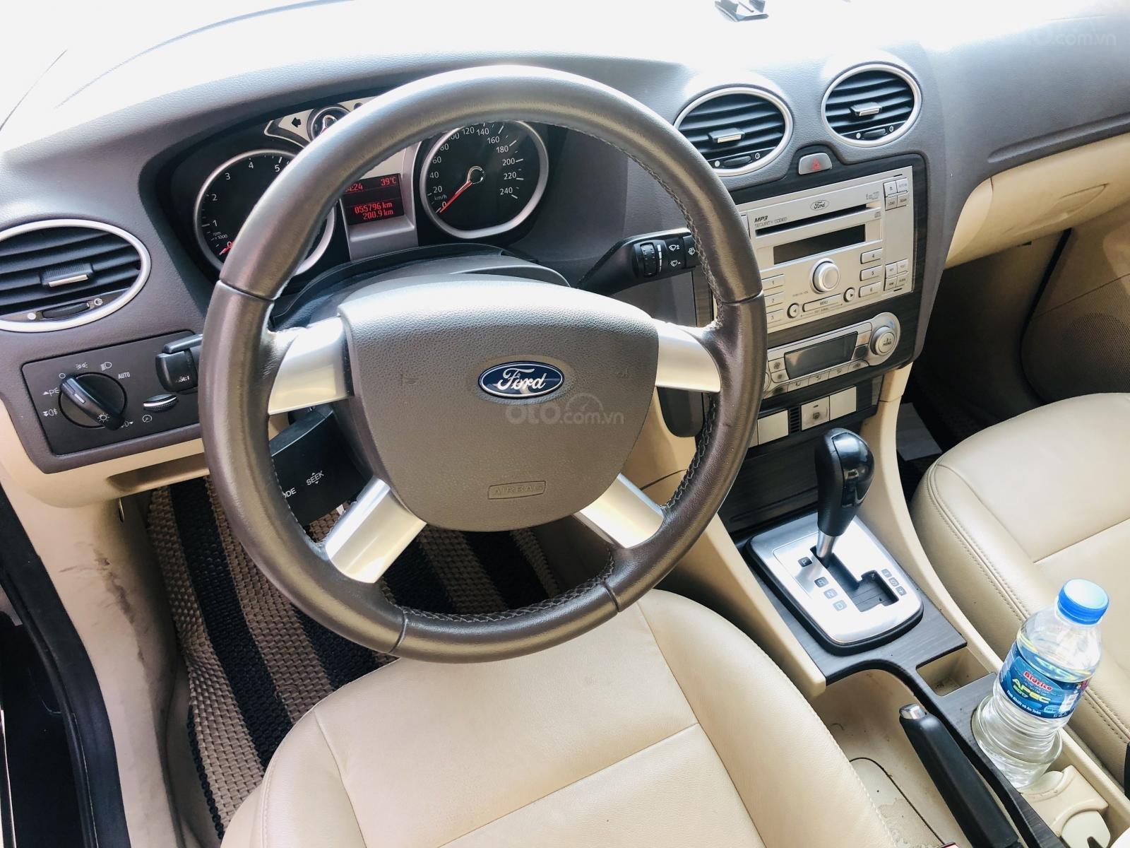 Cần bán lại xe Ford Focus sản xuất 2010 mới 95% giá tốt 340 triệu đồng (5)
