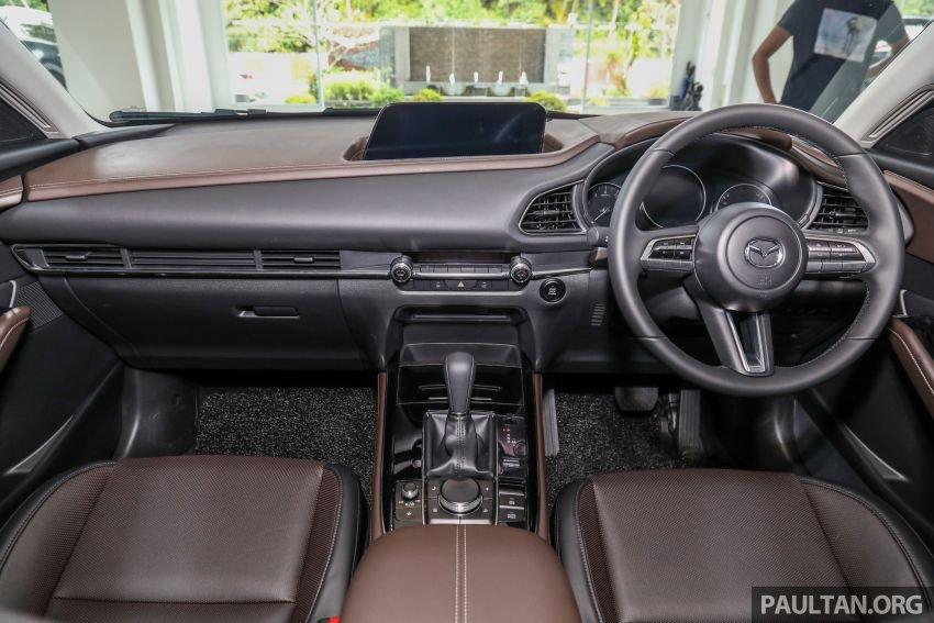 Khoang nội thất Mazda CX-30 2020...