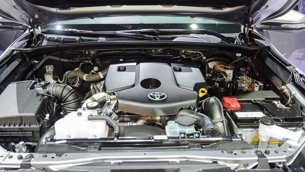 Động cơ xe Toyota Fortuner 2017