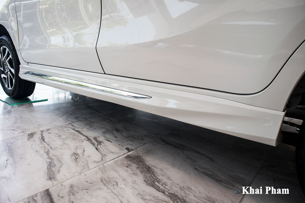 Ảnh Ốp thân xe Toyota Avanza 2020 a1
