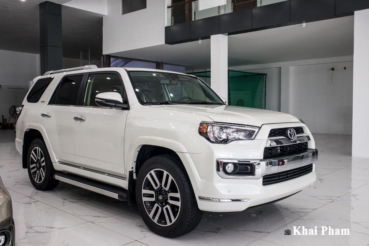 Khám phá xe Toyota 4Runner Limited nhập Mỹ tại Việt Nam, SUV đến từ Nhật nhưng đậm chất Mỹ a1