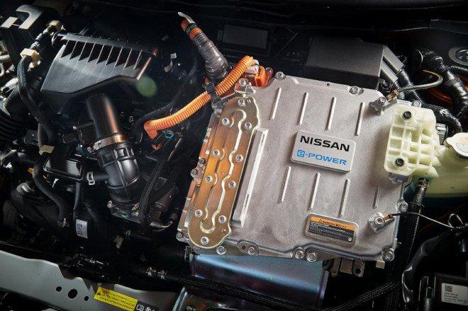 Nissan Kicks e-Power 2020 mạnh mẽ và tiện lợi.