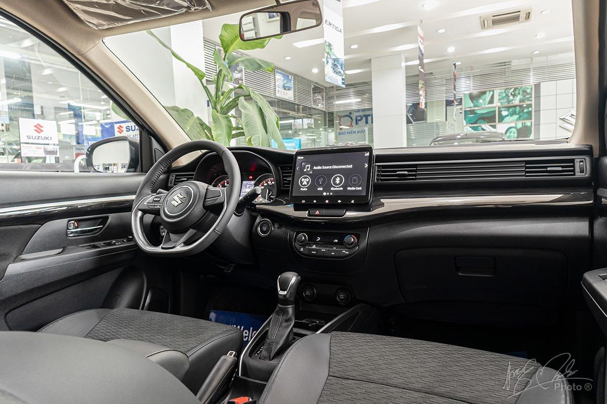 Đánh giá xe Suzuki XL7 2020: Khoang nội thất.