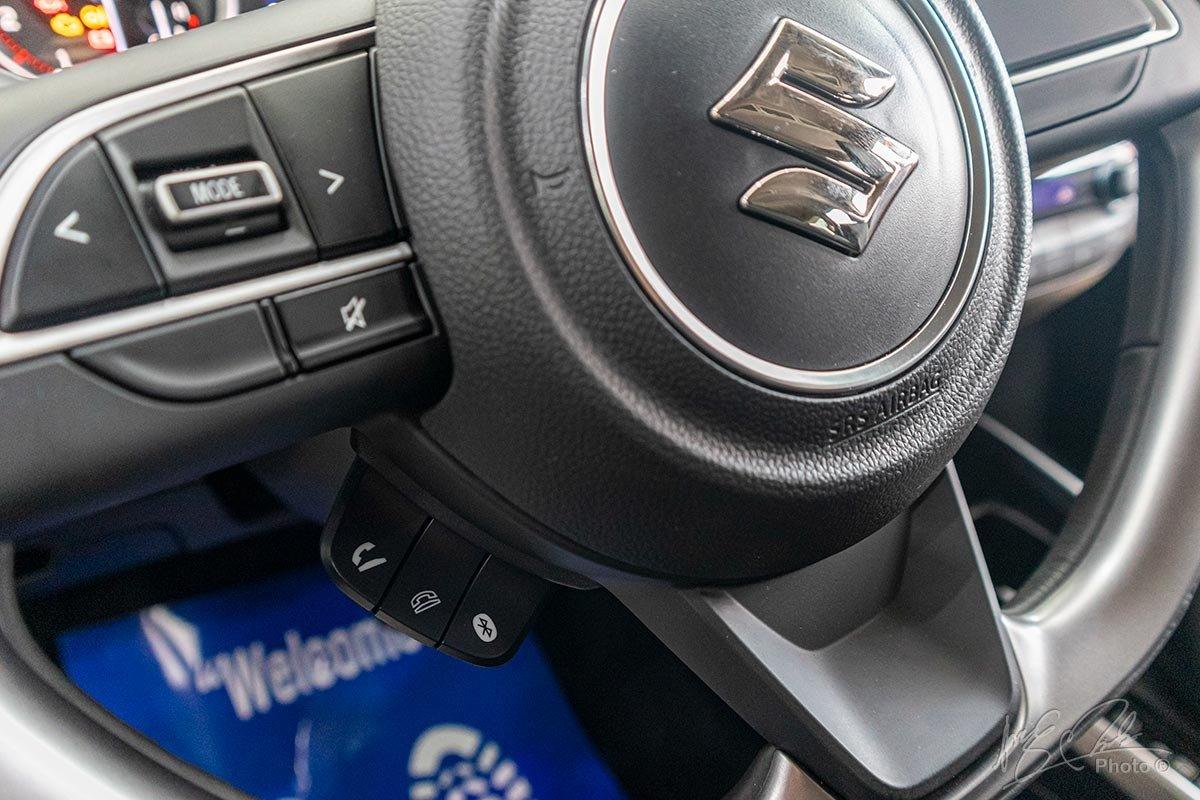 Đánh giá xe Suzuki XL7 2020: Kết nối điện thoại rảnh tay.