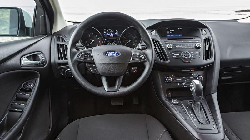 Nội thất xe Ford Focus 2016