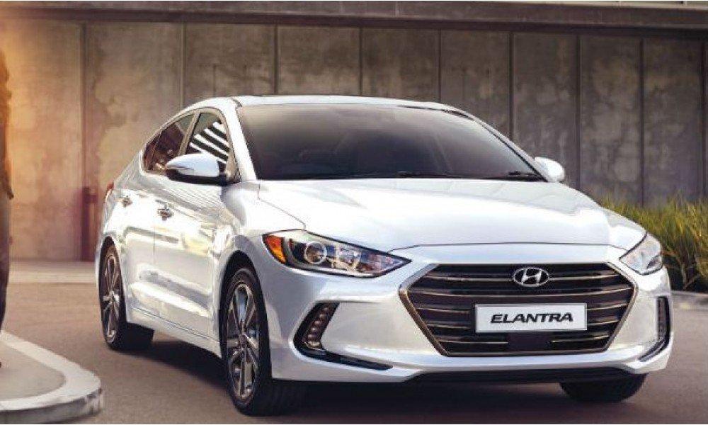 Hyundai Elantra 2016 trang bị nhiều tính năng an toàn cao cấp