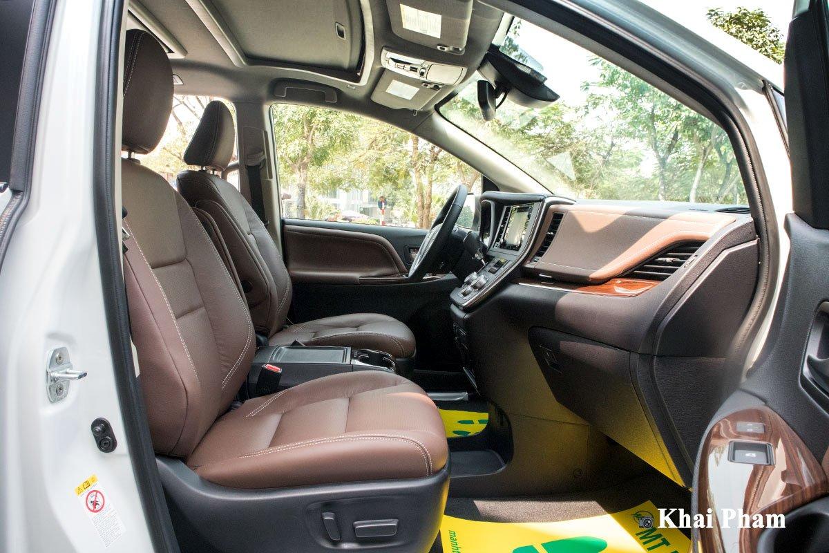 Ảnh ghế phụ xe Toyota Sienna 2020 phải