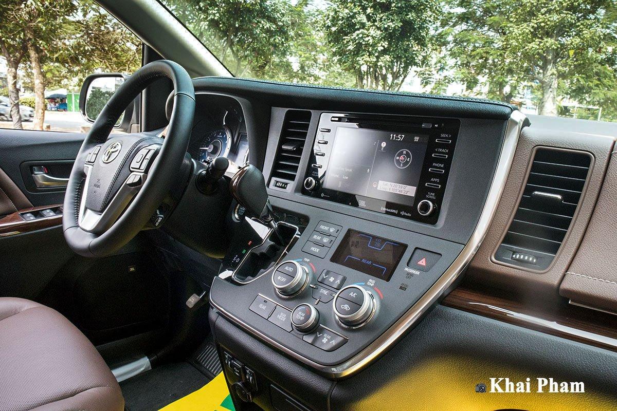 Ảnh vô-lăng xe Toyota Sienna 2020