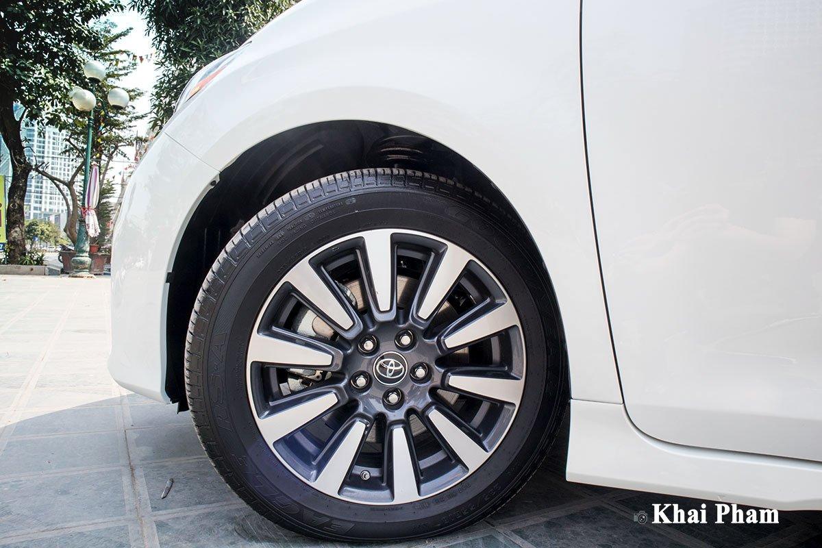 Ảnh la-zăng xe Toyota Sienna 2020